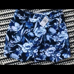 NWT Abercrombie & Fitch Floral Skort